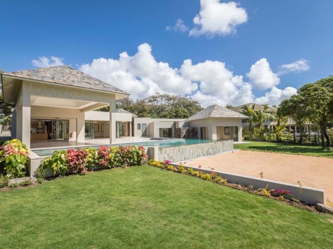 villa à vendre quartier farways dans le complexe Anahita à Beau Champ dans l'est.