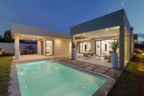 Villa accessible aux étrangers – Grand Baie – Villa IRS 3 chambres en suite à vendre