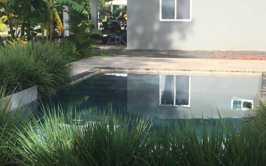 2 casas en excelente vecindario de extranjeros entre las playas Tamarindo y Grande  Immo Costa Rica