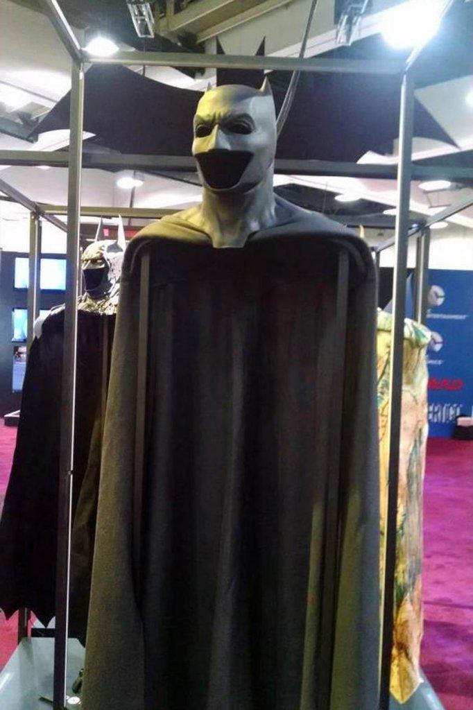 comic_con_batfleck_costume_a_p