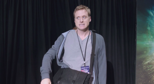 Wray Nerely from Spectrum is Alan Tudyk on Con Man
