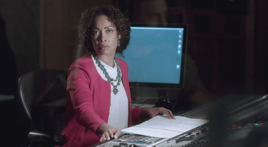 Gina Torres in Con Man