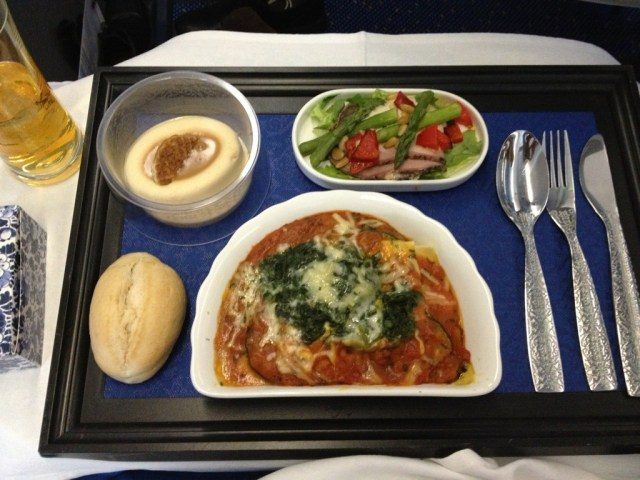 KLM_Buisness_Class_Flying_Airline_pasta