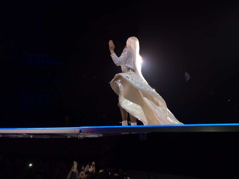 lady gaga all white artrave closer