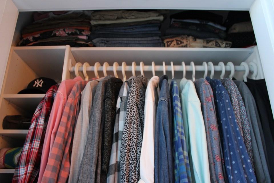 DIY Closet Makeover Custom Closets Closetmaid Selectives Home Depot (9)