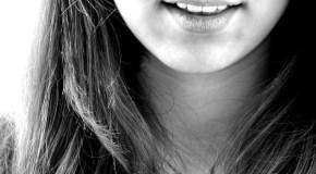 Contorneado estético dental, imprescindible para conseguir una sonrisa bonita