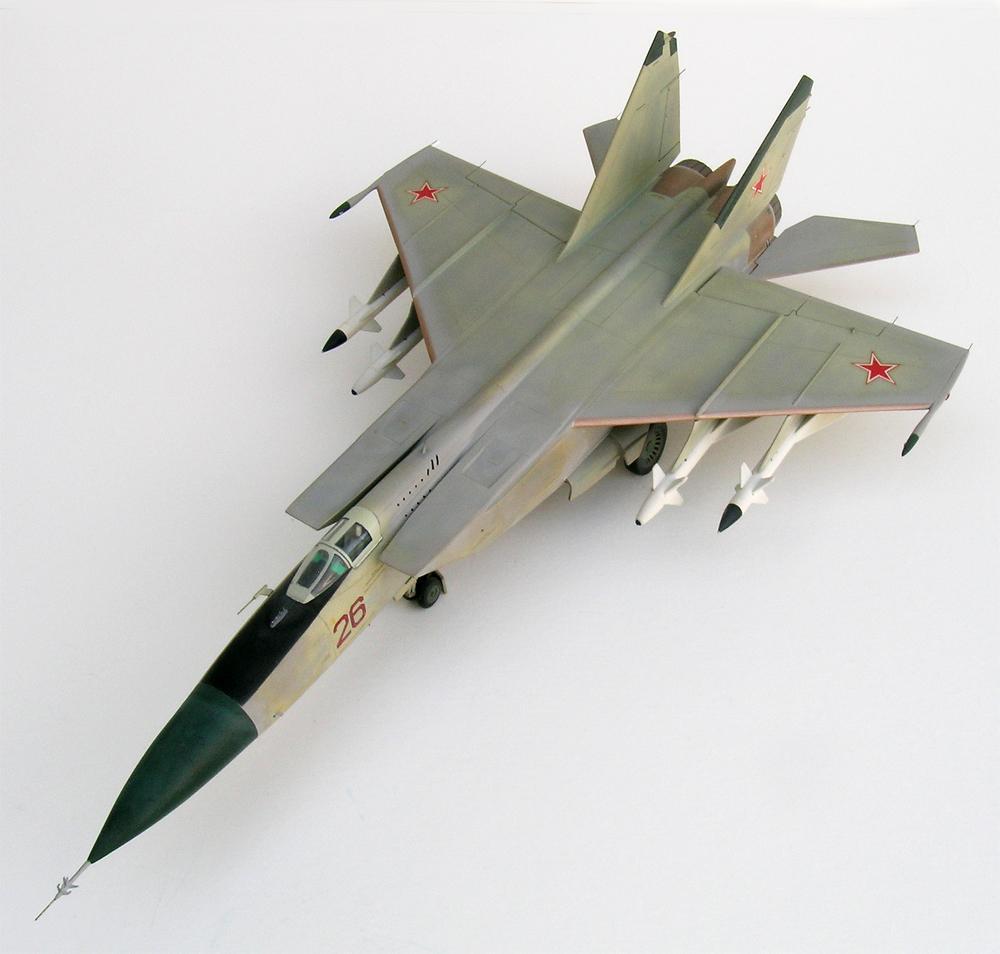 Revell 148 MiG25P Foxbat  iModeler