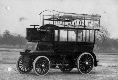 7 1898 Daimler-Motoren-Gesellschaft first bus series