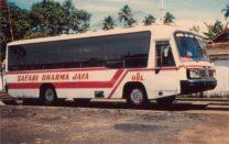 Mercedes OF 1113 dipercaya mengisi line OBL era 1980-an