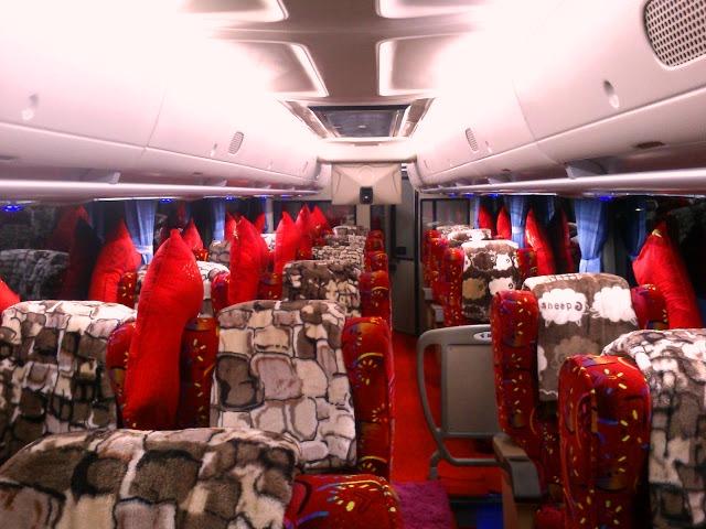 Bus – bus PO. PMTOH 14 OH 1830 interior