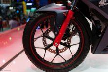 Kabel speedometer tidak diposisikan di roda depan