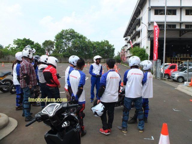 Safety Riding Wahana Honda – Jatake (60)