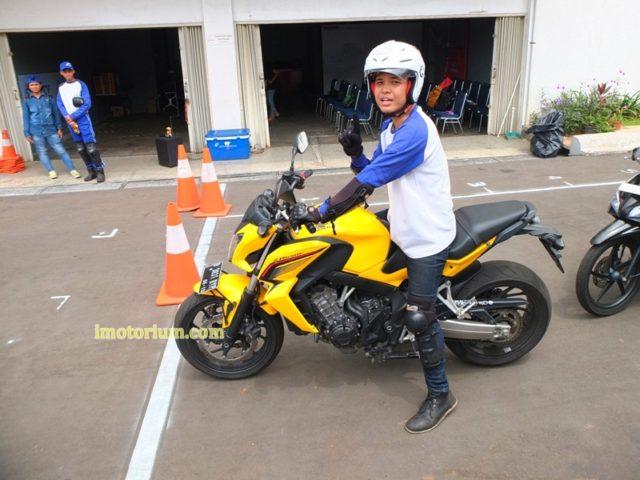 Safety Riding Wahana Honda – Jatake (92)