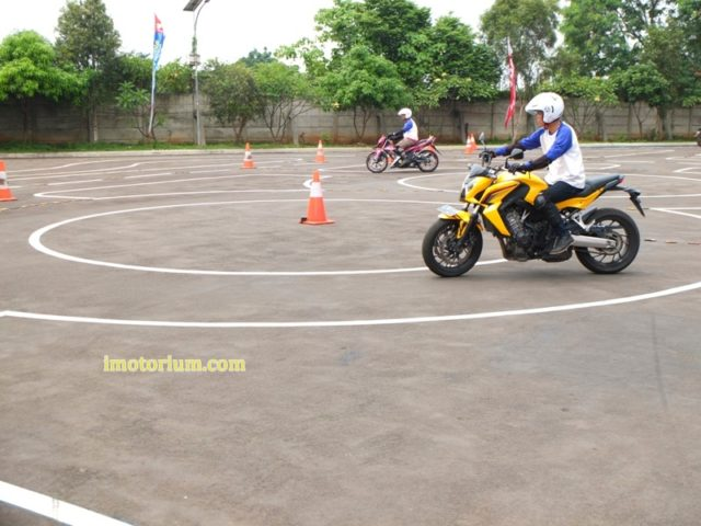 Safety Riding Wahana Honda – Jatake (93)