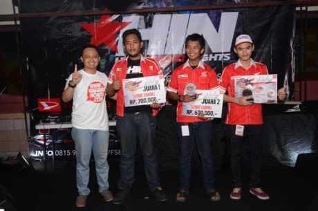 Penyerahan Piala dan Hadiah Bagi Pemenang kontes