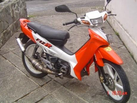 Yamaha F1ZR Sein Bunyi