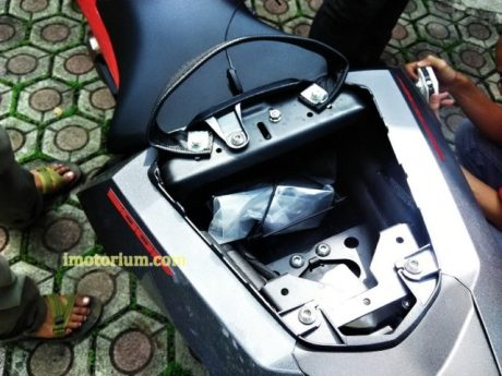 Imotorium - Detail Honda CB500F (5)