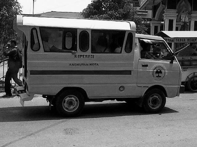 Angkot Daihatsu Hijet 1980an