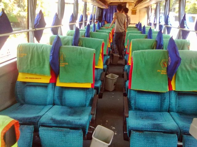Bus Tugas Anda Karoseri – imotorium 4 interior 2 sedya mulya