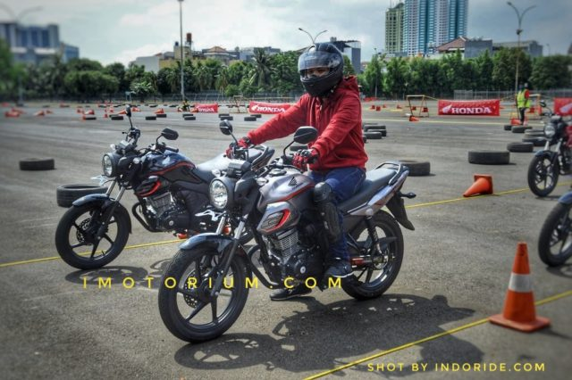Test Ride Review Honda CB150 Verza dan Foto Galeri