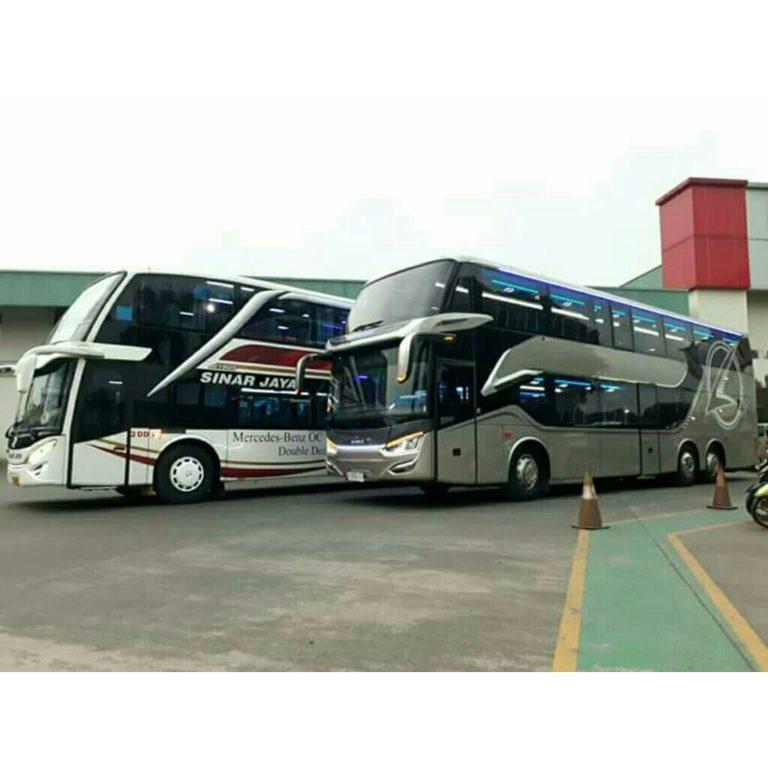 Penampakan Bus Laksana SR2 Double deck VS Adiputro Jetbus 2 SDD Sinar Jaya