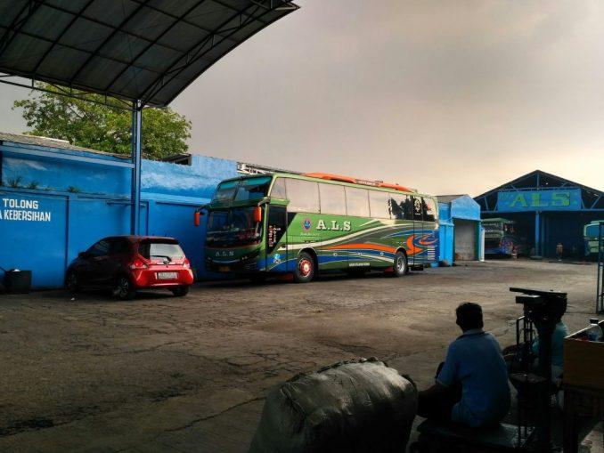 Bus ALS Economy AC Jakarta Medan
