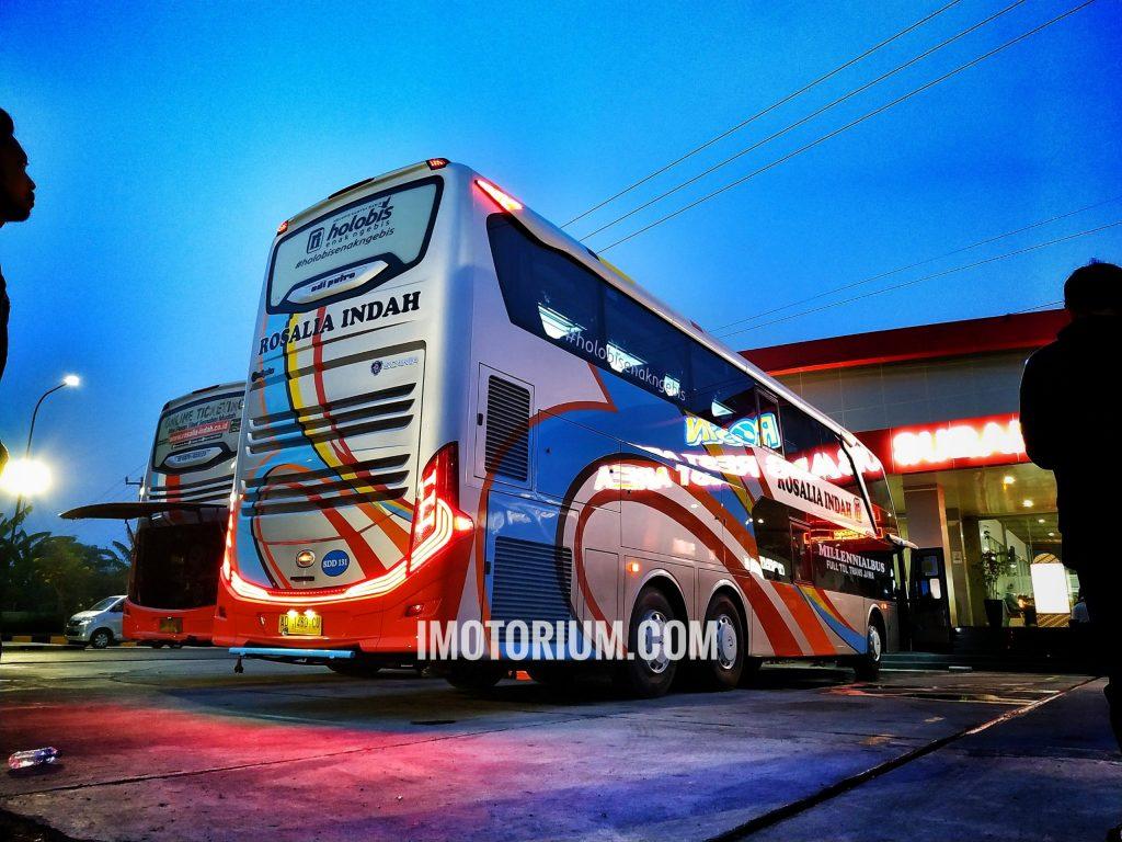 Mencoba Layanan Terbaru Bus Rosalia Indah Double Decker