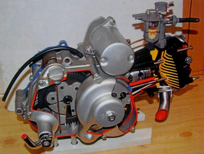 honda c102 engine