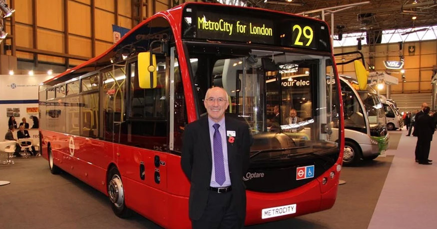 Leon Daniels interview in front of London Bus