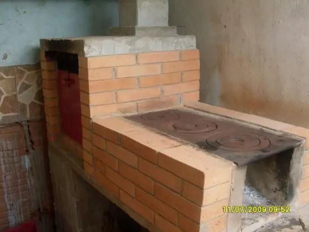 Como fazer um fogo a lenha dicas de construo  Imveis