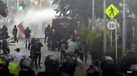 Manifestations et repression en Colombie suite à la réforme foncière 5-001
