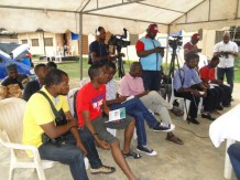 Cross section of the reporters at the briefing