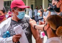 migrantes vacunados