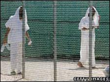 _44925054_detainees_getty_2.jpg