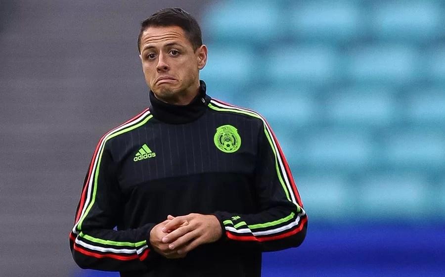 Chicharito Hernández se manifiesta sobre la polémica fiesta de la selección mexicana