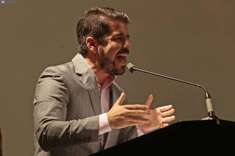 Dalo Bucaram denuncia un 'robo arbitral' en derrota de 9 de Octubre