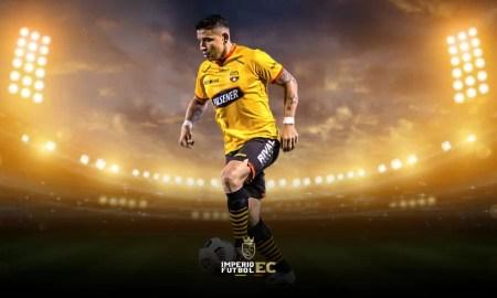 Mario Pineida se recuperó de su lesión y ya se entrena con Barcelona