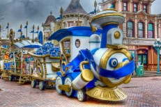 disneyclopedie-le-petit-train-des-personnages-disney
