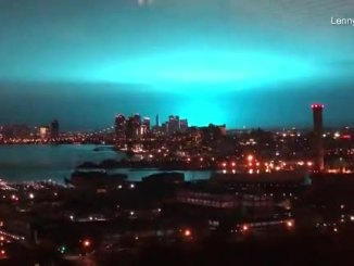 "New York City Skyline Bathed In ""Electric Blue"" After Mysterious Tesla Machine Unearthed"