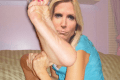 ann-coulter-with-giant-feet-_tufk-120×80