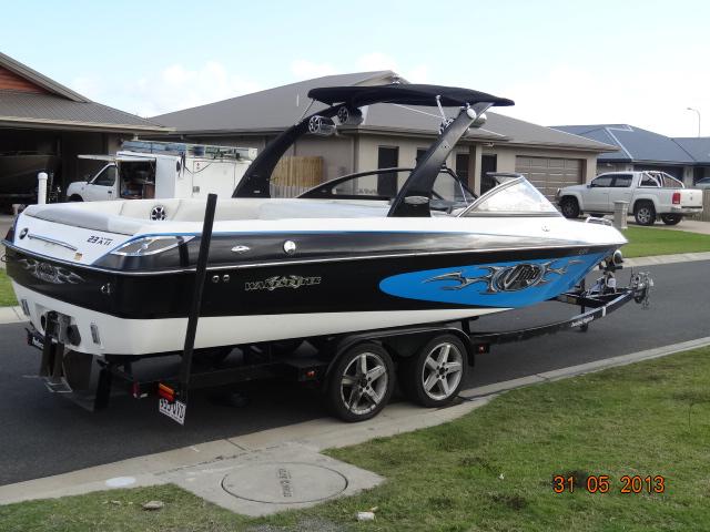 2004 Malibu Wakesetter 23 XTI  Import USA Boat