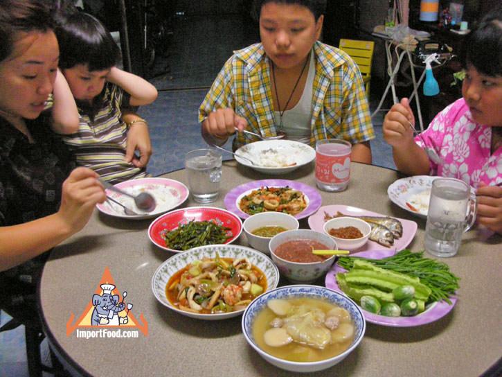 Thai Eating Customs :: ImportFood