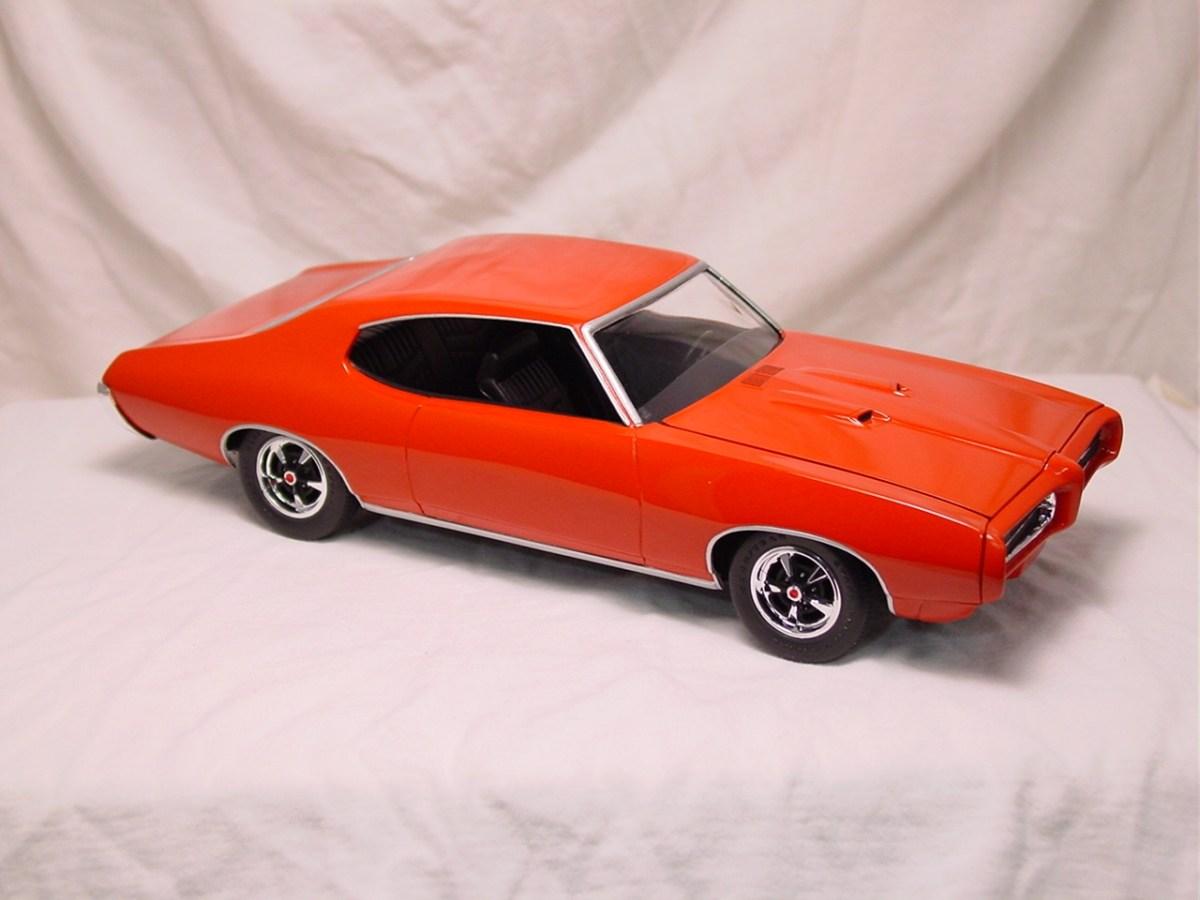 1969 Pontiac GTO - Monogram
