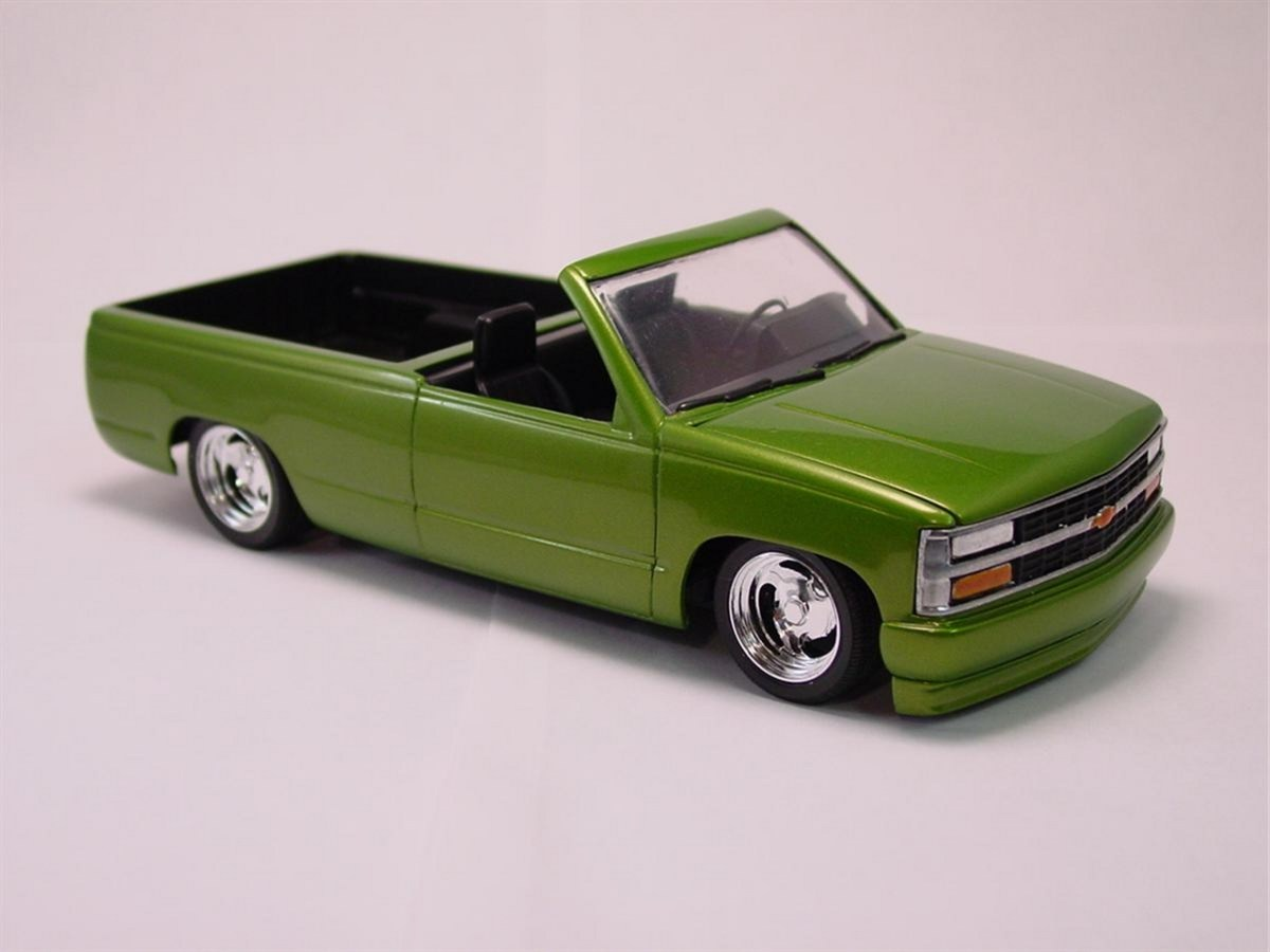 1990's Chevy SS454 Pick-up