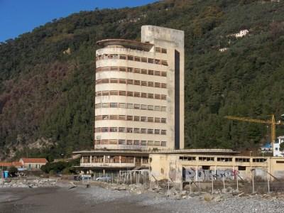 Colonia Fara, Chiavari, Italy | impossibleliving