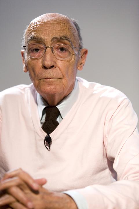 José Saramago no clic de Renato Parada. Why so serious?