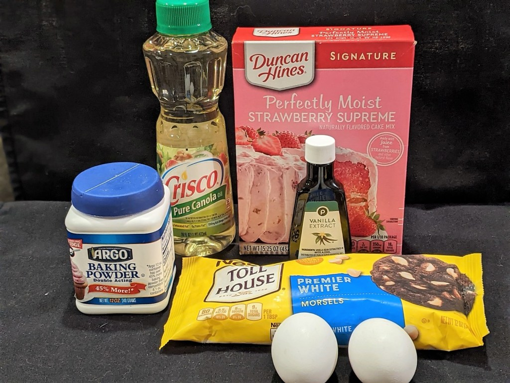Ingredients: Strawberry Cake Mix, Vanilla Extract, White Chocolate Chips, Eggs, Oil, Baking Powder