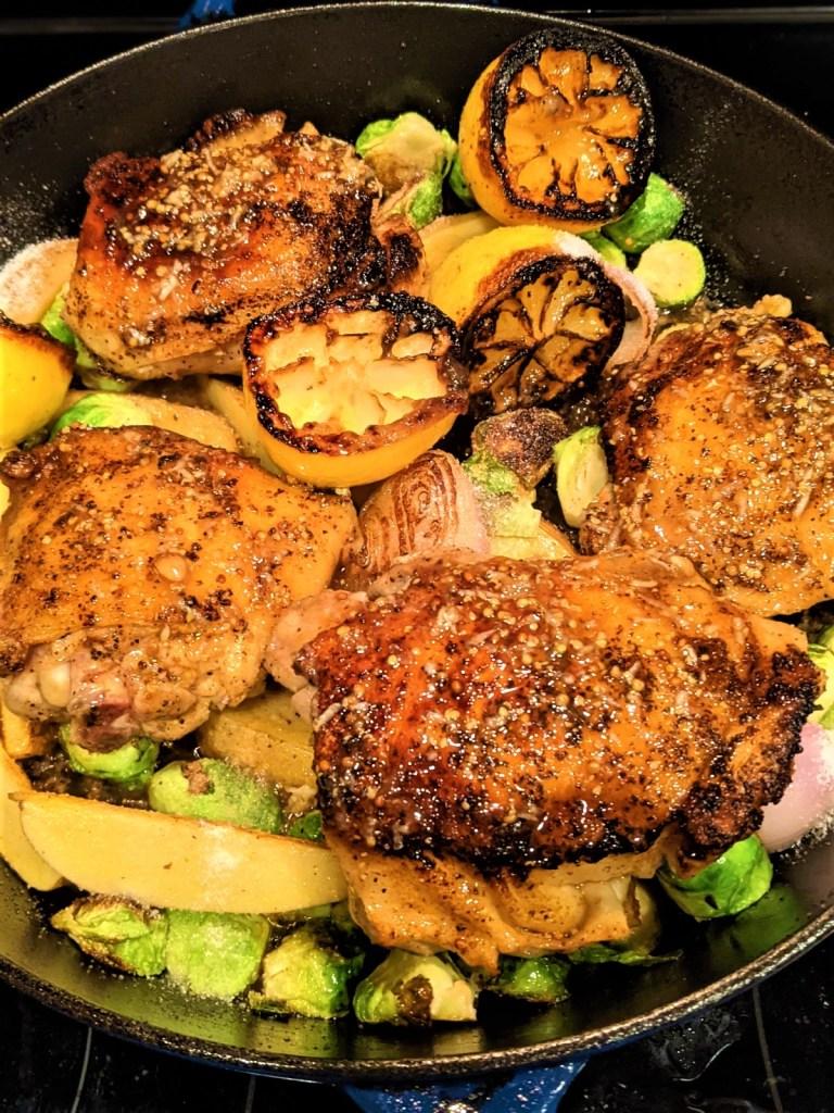 pan with chicken, lemon and veggies