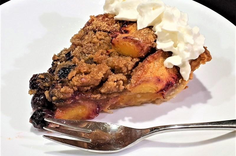Fresh Peach Blueberry Crumble Pie