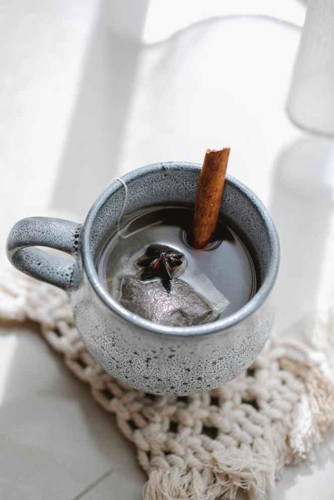 hot aromatic tea in ceramic mug